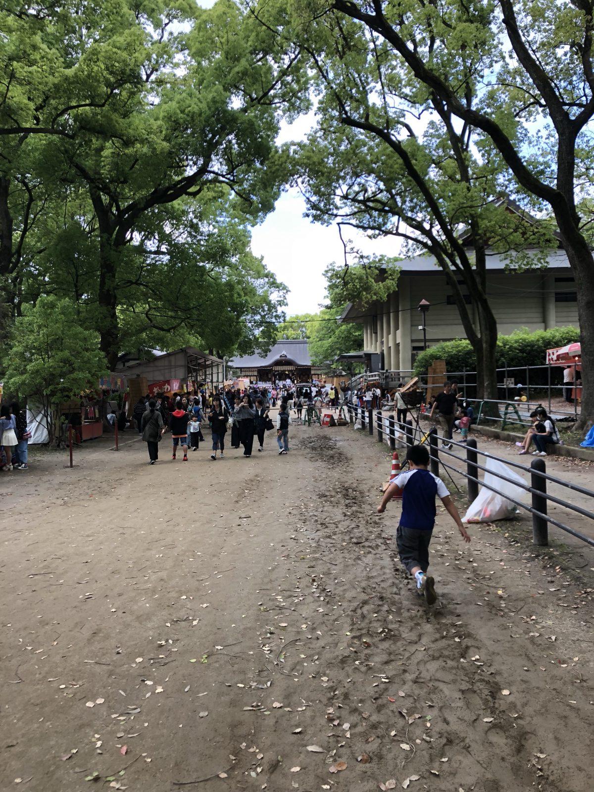 おうおう今年も藤森神社お祭り始まった